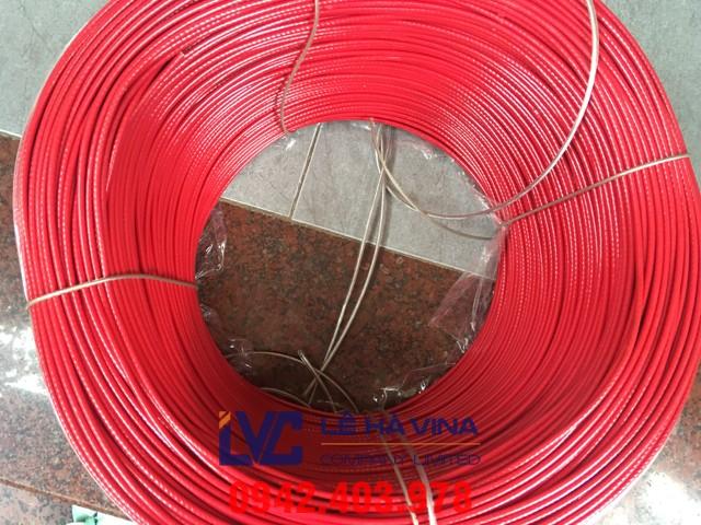 Cáp bọc nhựa đỏ, cáp bọc nhựa, cáp thép bọc nhựa, thông số kỹ thuật cáp bọc nhựa, thông số kỹ thuật cáp bọc nhựa đỏTên sản phẩm Cáp bọc nhựa đỏ Quy cách sản xuất sợi 6×7, 6×12 hoặc 6×19… Đường kính 3mm, 4mm, 5mm, 6mm… 10mm, 12mm… Xuất xứ Trung Quốc