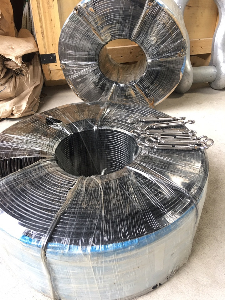 Dây cáp thép bọc nhựa, Dây cáp bọc nhựa, Phụ kiện cáp chất lượng, Công ty TNHH Lê Hà Vina, Lớp nhựa bao bọc, Dây cáp mạ kẽm